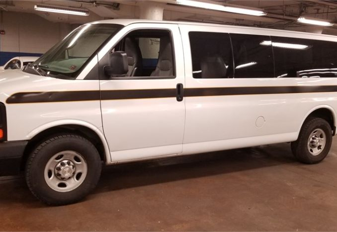 2015 Chevrolet Express 3500 - 15 passenger Van