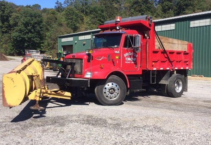 1998 Peterbilt 330 Dump Truck