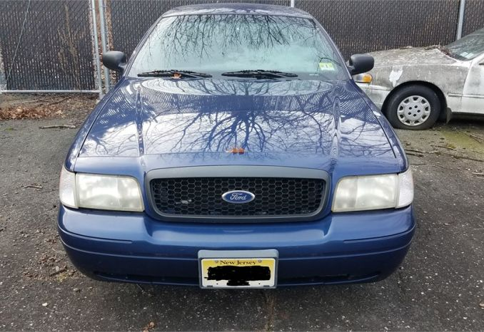 2004 Ford crown vic.