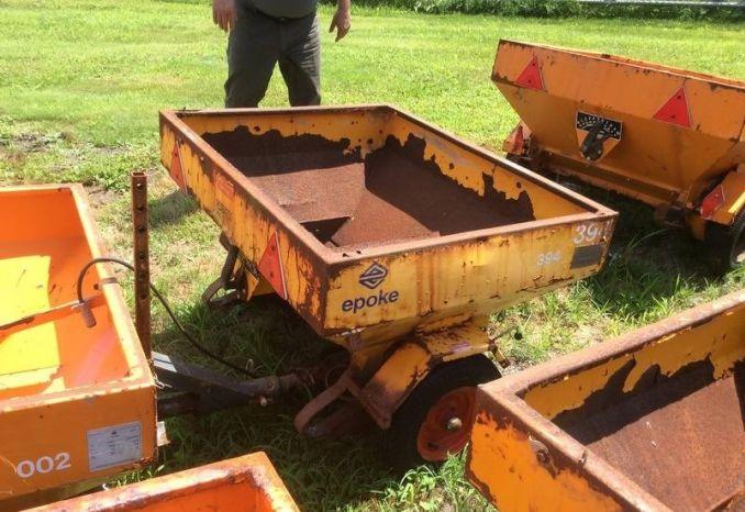 """Epoke Drop Sander wheel driven (Box 3'7""""x 3')  #593."""