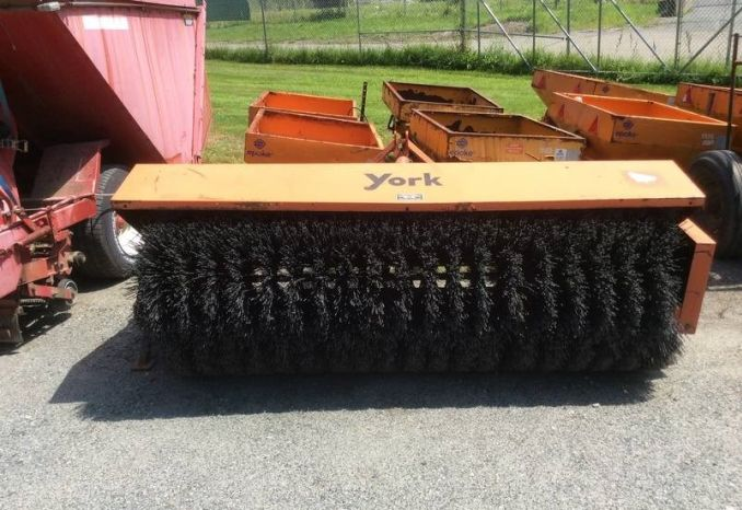 7' York Power Broom YB32 in serviceable condition