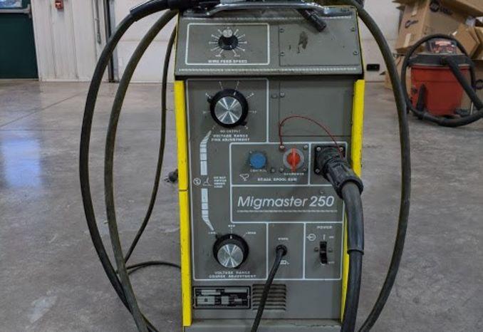 ESAB Welder Mingmaster 250