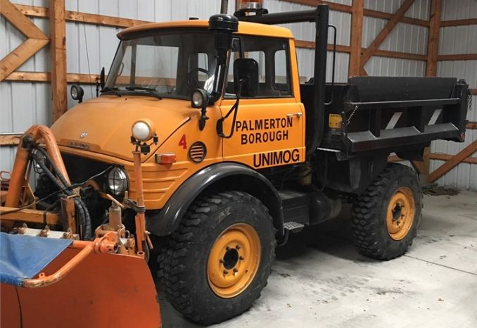 1984 Mercedes Unimog with Schmidt Sectional Snowplow