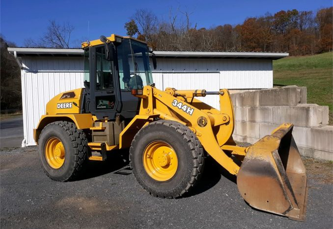 2005 John Deere 344H wheel loader