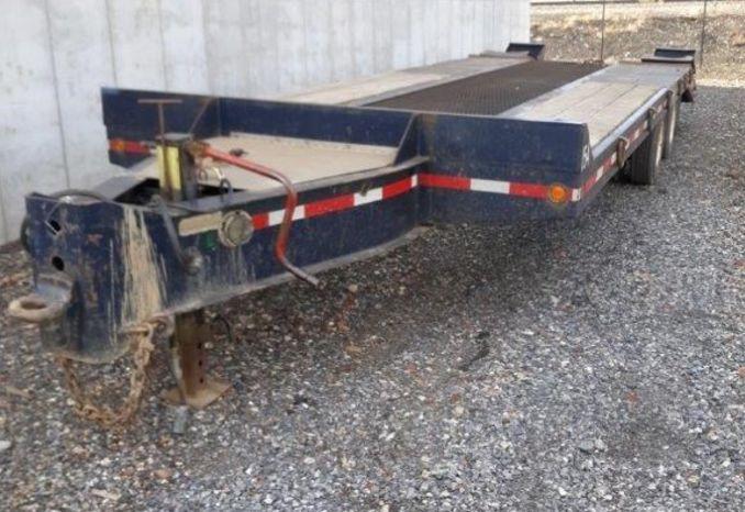 2002 Interstate 20 Ton Lowboy trailer