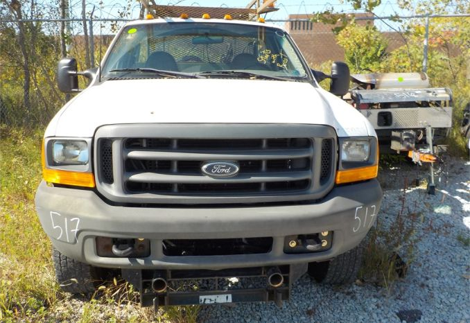2001 FORD F350 XL SUPER DUTY 4X4 UTILITY PICKUP / LOT517-015053-R