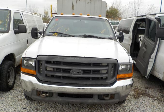 2000 FORD F350 XL SUPER DUTY 4X2  PICKUP TRK / LOT669A-005451-R