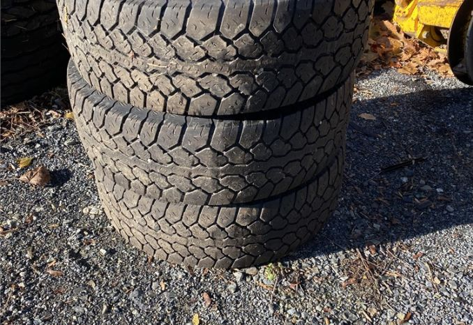 Mastercraft Courser LT Tires 265/70 R17