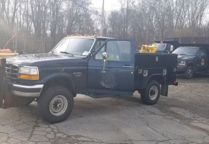 1997 Ford F-350 with 9 Foot Continential Plow