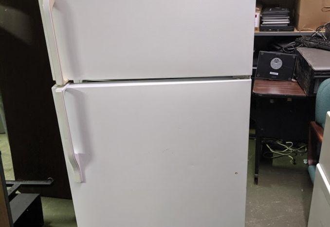 Admiral Refrigerator