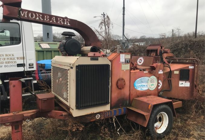 2003 MORBARK CHIPPER