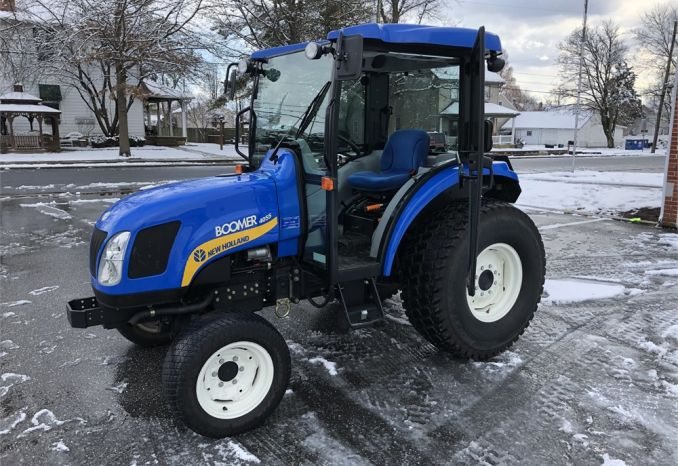 2010 New Holland T4055 Boomer Tractor