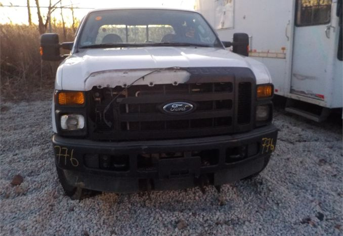 2008 FORD F350 XL SUPER DUTY 4X4 PICKUP / LOT776-085206-R