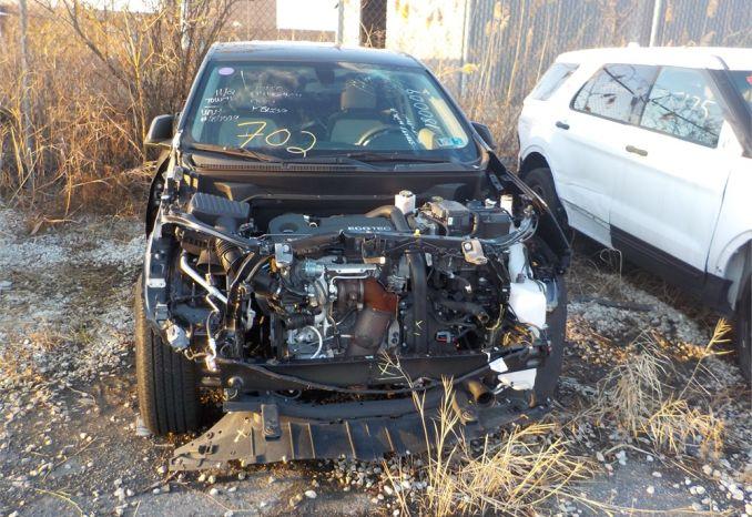 2018 CHEVROLET AWD EQUINOX SUV / LOT702-180009-NR