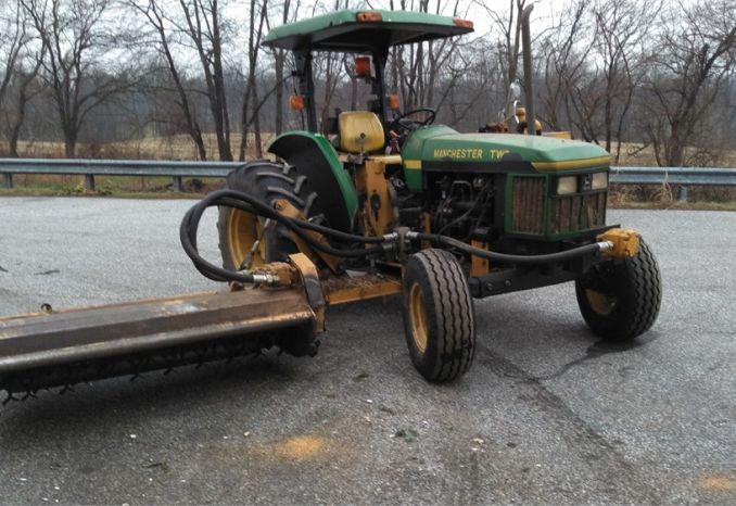 1997 John Deere 5300 Tractor w/side flail mower