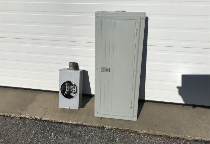 Siemens 200 AMP Service Box & meter box