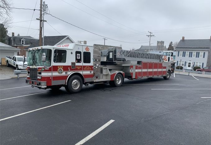 Decommissioned 2000 HME/Westates/Aerial Innovations Ladder Truck