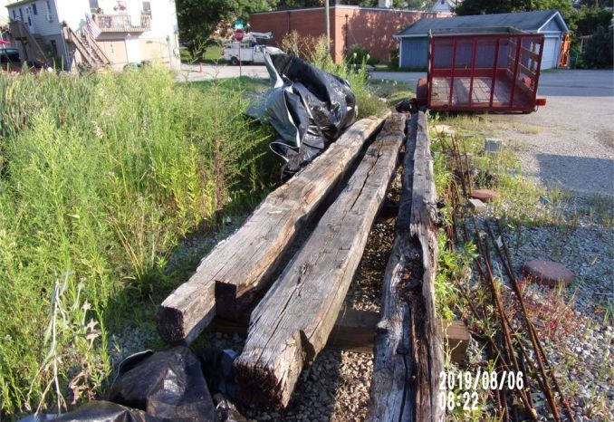 "Antique Log Cabin Logs - 16' (8-10"")"