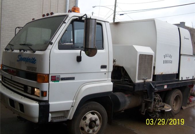 1993 GMC Diesel Sweep Rite Street Sweeper