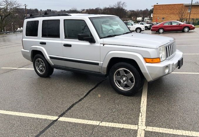 2006 Jeep Commander Sport Utility Vehicle