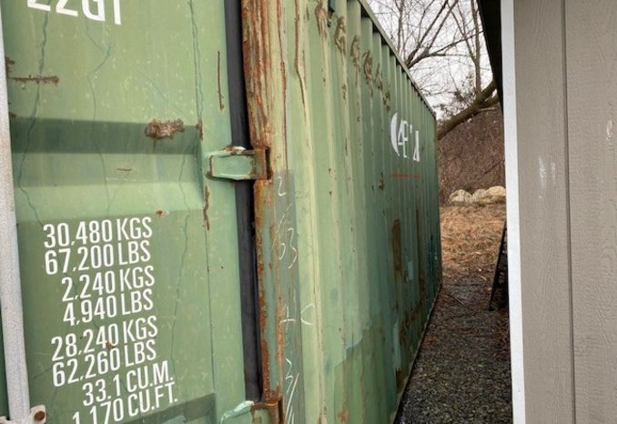 One 20' Used Green Shipping container