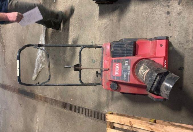 Toro CCR 3000 snow blower
