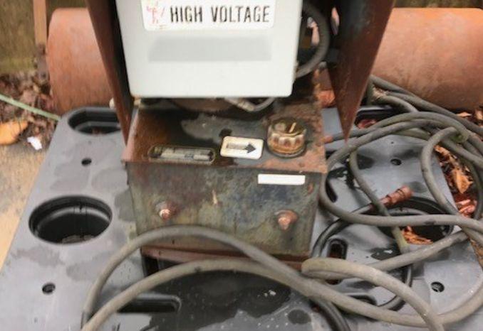 Hydraulic compactor motor controls