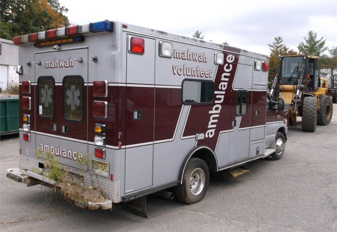 2006 Ford E450 Ambulance