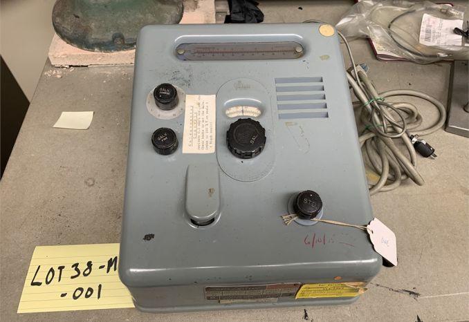 (1) (used) Galv-O-Meter Model 22 / 38-14-001
