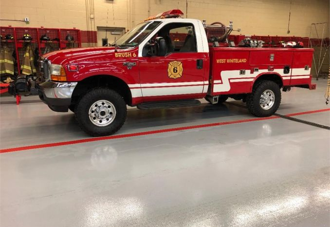 2001 FORD F-350 BRUSH TRUCK