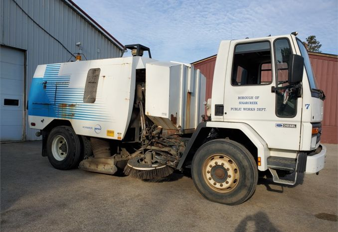 1990 Ford Street Sweeper