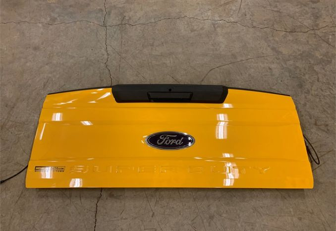 2019 ford F350 tailgate