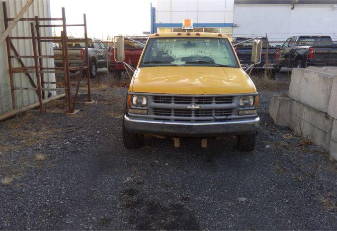 Chevy 3500 Truck