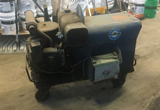Miller AEAD-200LE Gas Powered AC/DC Welder