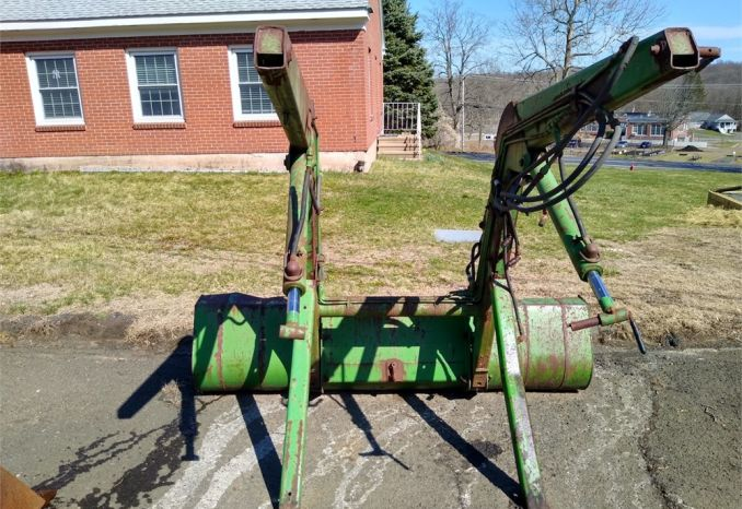 Front Bucket for JD 2350