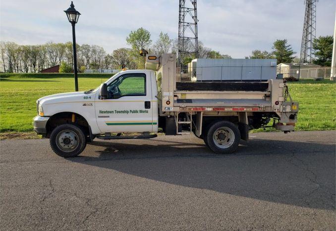 2003 Ford F-550 Dump Truck