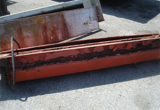 2- 9 inch auger Tailgate spreaders