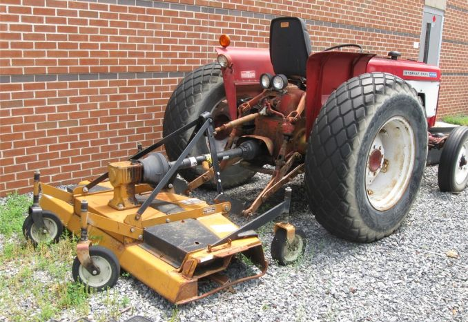 International 44 Tractor and mower deck