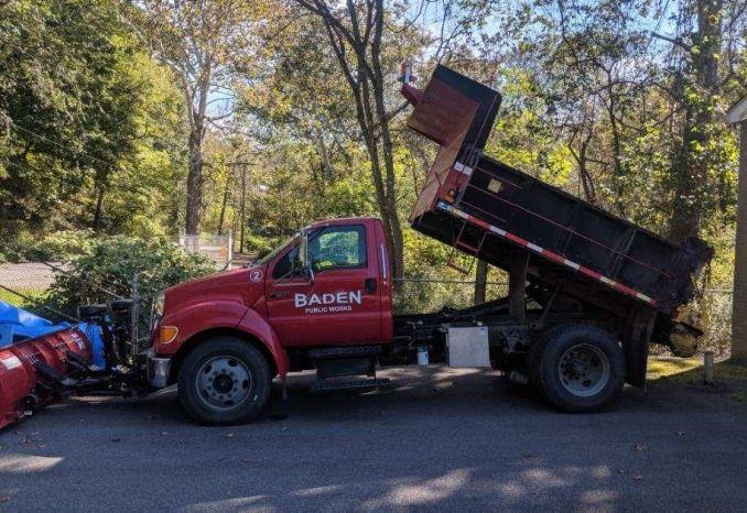 2004 Ford F-650 XLT Dump Truck