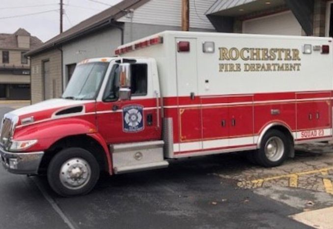 2005 International PL Custom Medium Duty Ambulance / Rescue