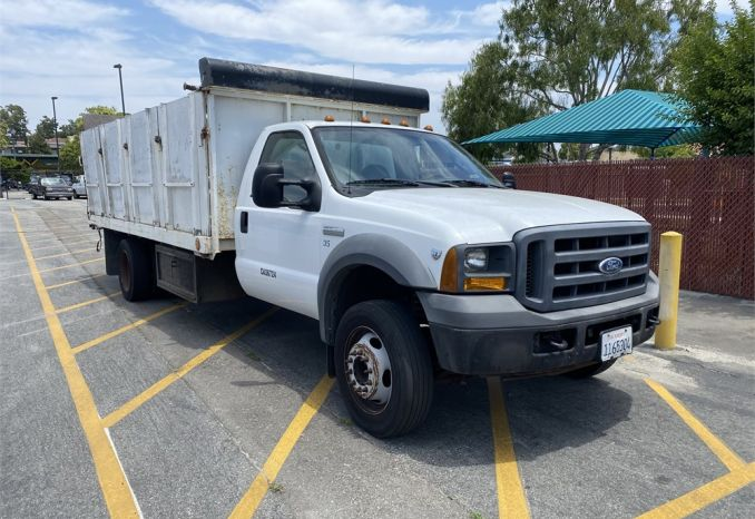 2005 Ford F550 Stake Body