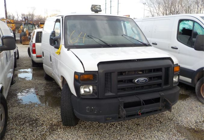 2012 Ford E-250 Van/ LOT64-125070-NR