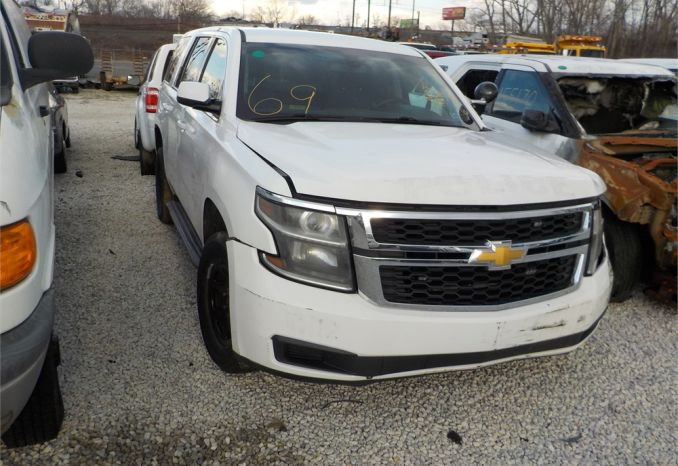 2015 Chevy Tahoe/ LOT69-155146-NR