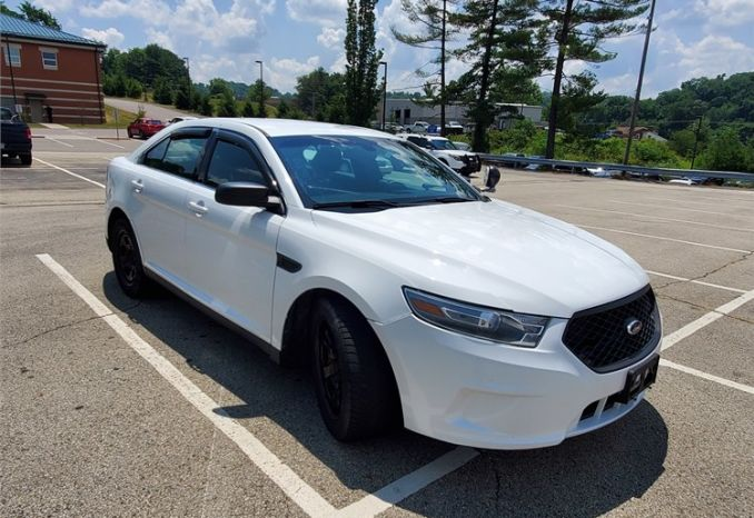 2013 Ford Taurus Interceptor