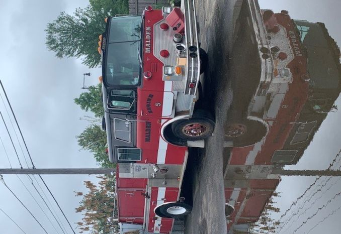 1990 Mack Pumper