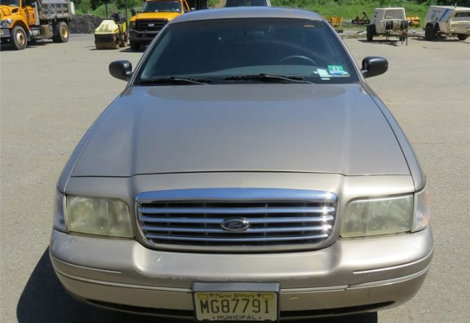 2004 Ford Crown Vic