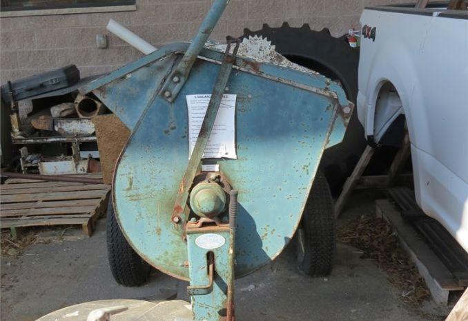 2005 Cement mixer