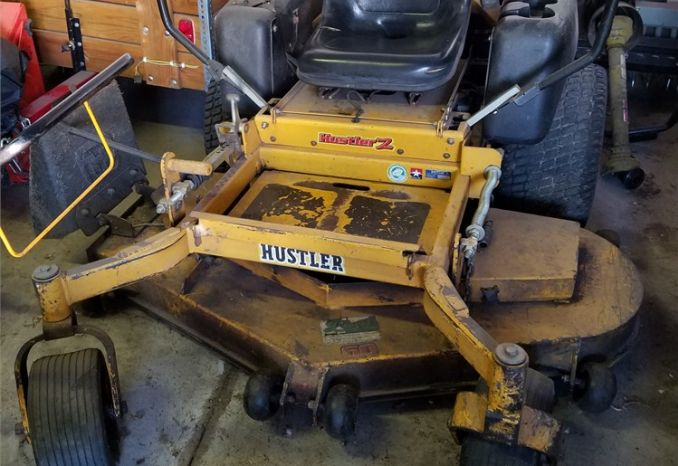 "60"" Hustler Mower and Bagger Model 926915"