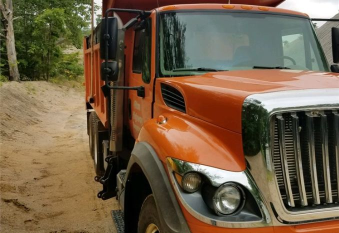 2009 International 10 Wheel Dump/Plow Truck