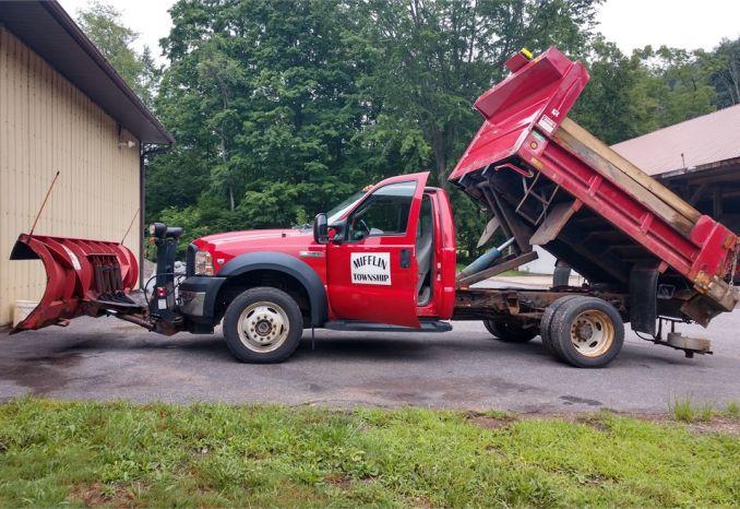 2006 Ford F-550 XL 4x4 Dump Truck